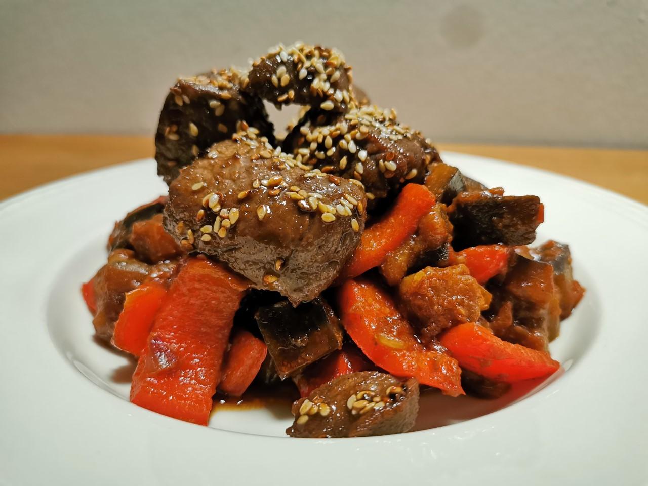 Recept Szechuan-aubergine met biefstukpuntjes